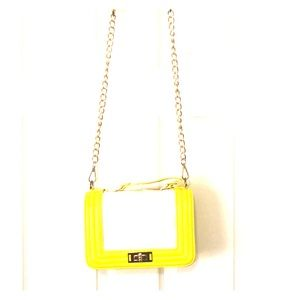 💕HP💕Yellow & White Quilted Crossbody